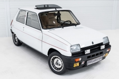 Renault-5-Alpine-Turbo-4